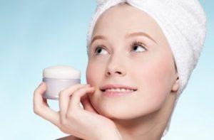 Правильный уход за подростковой кожей лица