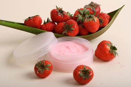 Процедура фруктового пилинга